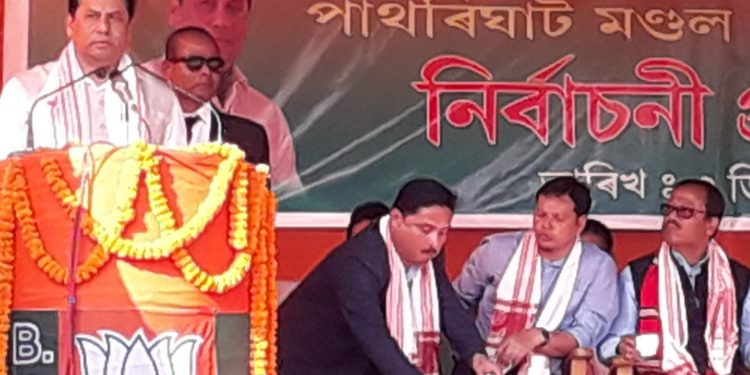 Assam Chief Minister Sarbananda Sonowal addresses  an election rally at  Sipajhar. (File Photo) credit: Northeast Now.