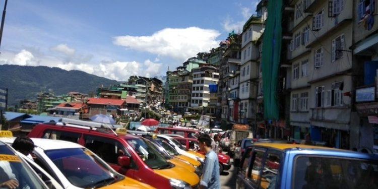 Gangtok is facing huge traffic congestion, just like other metropolitan cities.