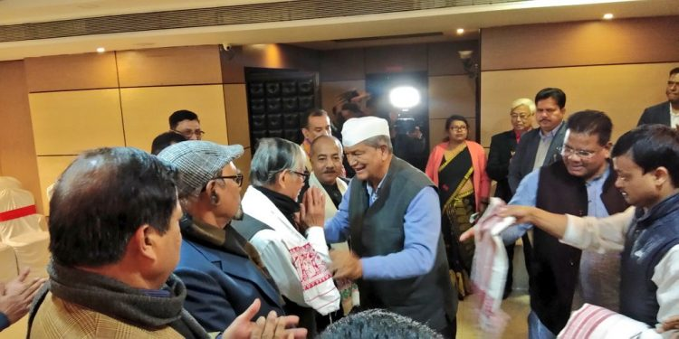 Congress leaders including AICC general secretary Harish Rawat meet  leaders of Forum Against Citizenship Act Amendment Bill and others on Saturday. Image - Twitter