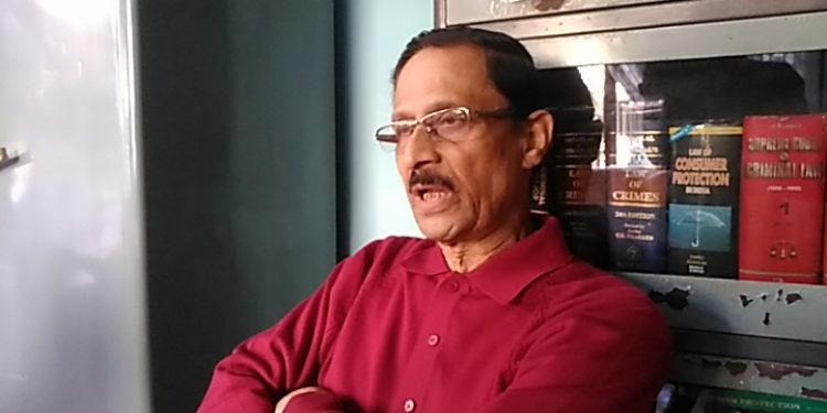 Ousted BJP member and Founder ACKHSA President addressing the press at his residence on Sunday