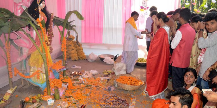 10-02-19 Guwahati- Cotton University Saraswati Puja (4)