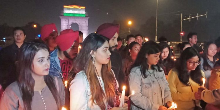13-02-19 New Delhi- Students of North east states lighting candle (1)