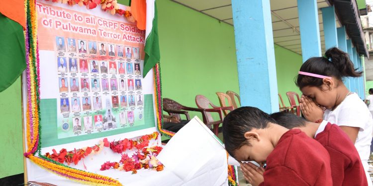 21-02-19 Bakalighat- tribute to martyrs of Pulwama (1)