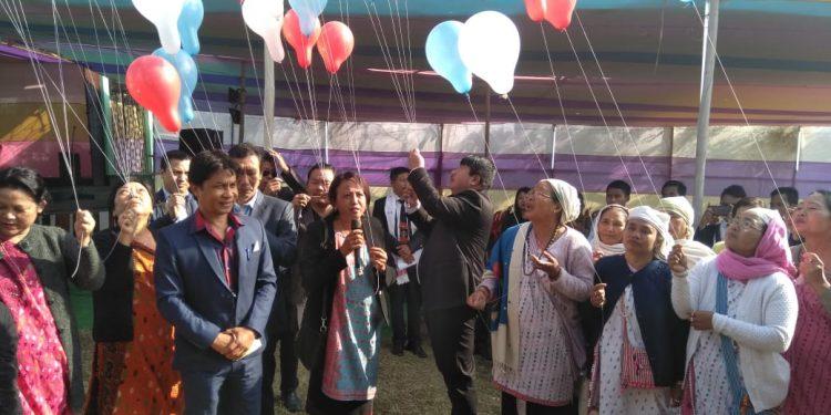Balloon release on Ningkan Kimi