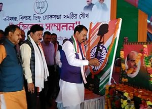 Dy CM of UP, Keshav Prasad Maurya along with oter BJP leaders offering floral tribute to the martyrs of Pulwama in Silchar on Saturday