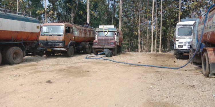 Oil pilferage at Khatkhati (2)
