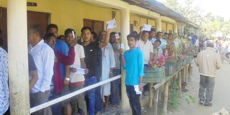 Voters in Jonai