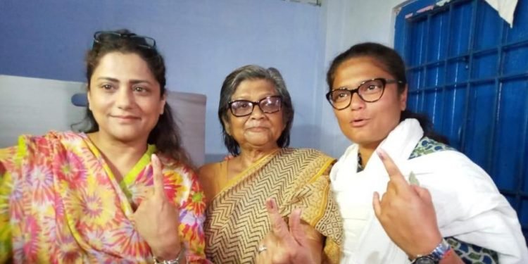 Silchar MP Sushmita Dev along with her mother Bithika Dev after casts her vote in Silchar on Thursday.