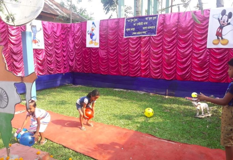 Assam: Polling booths set up crèche and play house for children 3