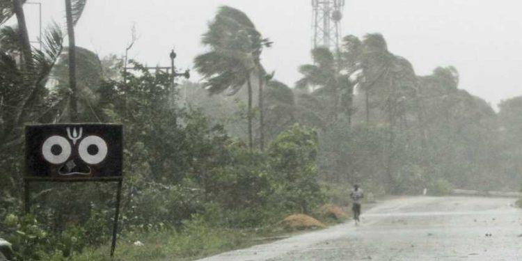 Cyclone Fani at Odisha Image Credit: New Indian Express