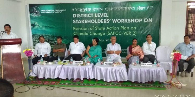 Joint Director Dr Ng Ibotombi Singh of manipur Veterinary & Aanimal husbandry speaking during the workshop in jiribam (1)