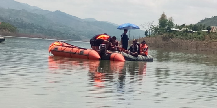 Indian Navy divers recover 3 bodies from Maphou dam 1