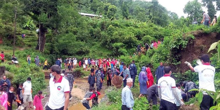 Locals cleaning the Firke and Bulaudi streams