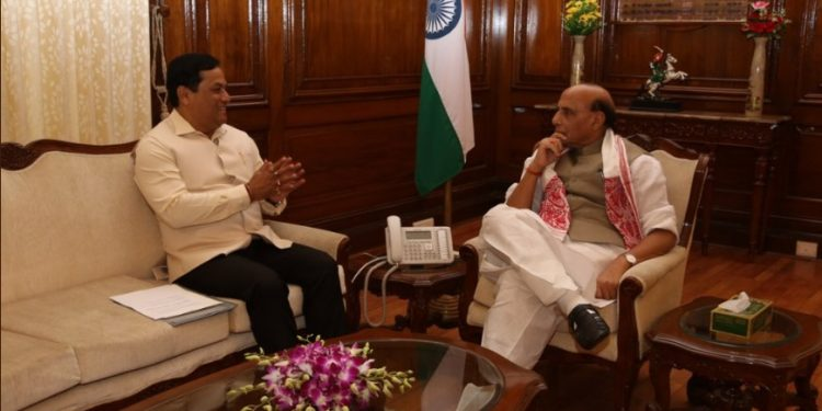 Assam CM Sarbananda Sonowal calls on Union defence minister Rajnath Singh in New Delhi on Friday. Image credit: Twitter