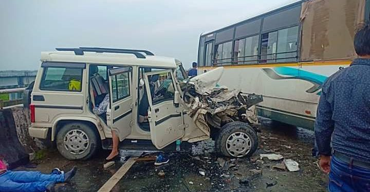 Two persons were killed and three others seriously injured in a road mishap on the approach road to the Bogibeel bridge.