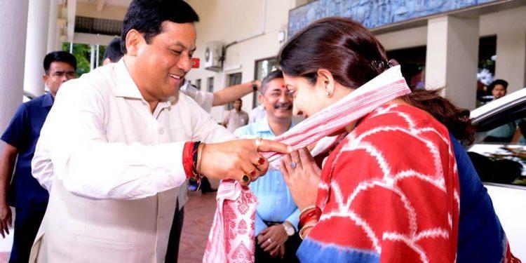 Sonowal with Smriti
