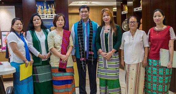 khandu women