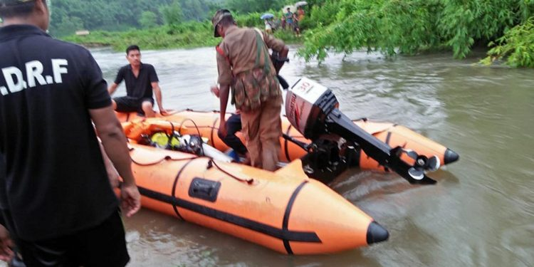 SDRF team engaged in a search operation for Lodep Rongpharpi in Difloo river on Monday. Image credit - Northeast Now
