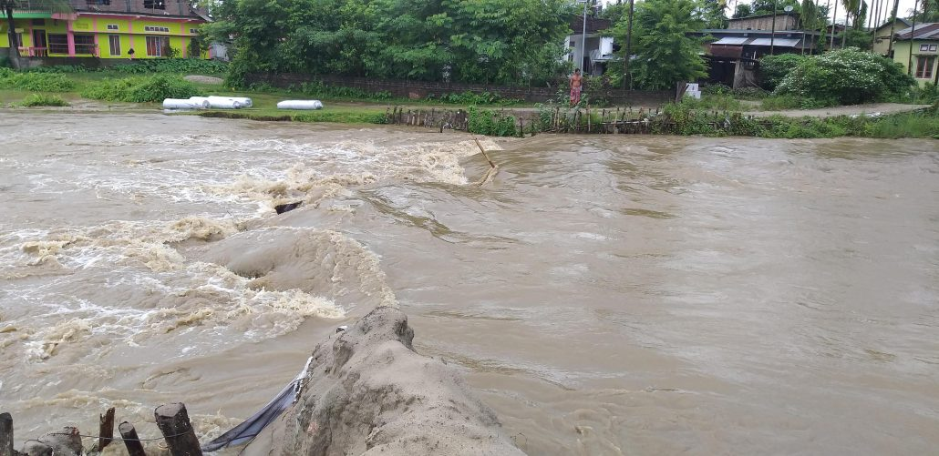 3 die due to flood, landslide in Assam; over two lakhs affected 1