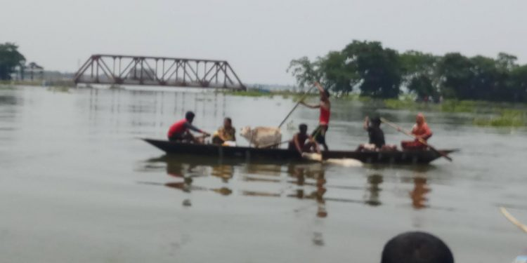 Flood affected people being ferried to safer place. (File image)