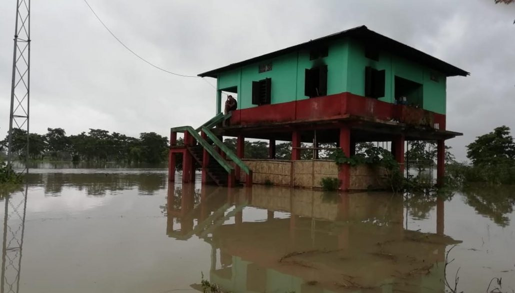 Flood waters submerge NH 37; Upper Assam remains cut off 2
