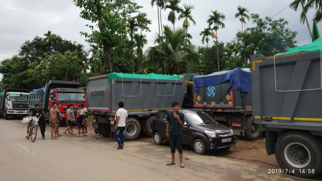 Meghalaya police target loaded dumpers from Bhutan on way to Bangladesh 1