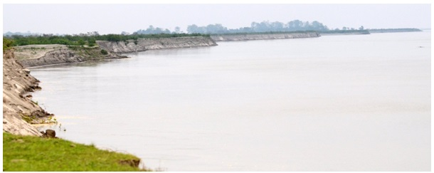 Bank Erosion in the Brahmaputra Valley--Impact and Causes 3