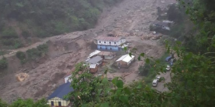 Cloudburst in Arunachal; several stranded in flash flood, road closed
