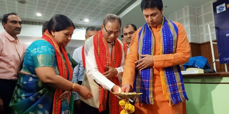 Tripura chief minister inaugurating a seminar on 'Tribal Education in India: Issues and Challenges' in Agartala on July 28, 2019. Image: Northeast Now