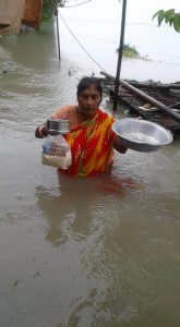 Dhubri reeling under flood; rain throws life out of gear in town areas 1