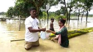 Assam: 21 Hojai villages reeling under flood water; relief to victims 1