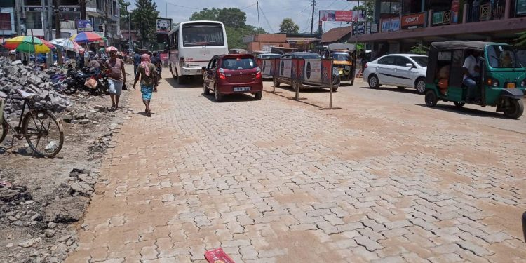 Assam: PWD contractors voluntarily build road at Rs 12 lakh 1