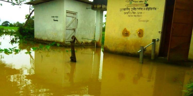 Flood in Lakhim