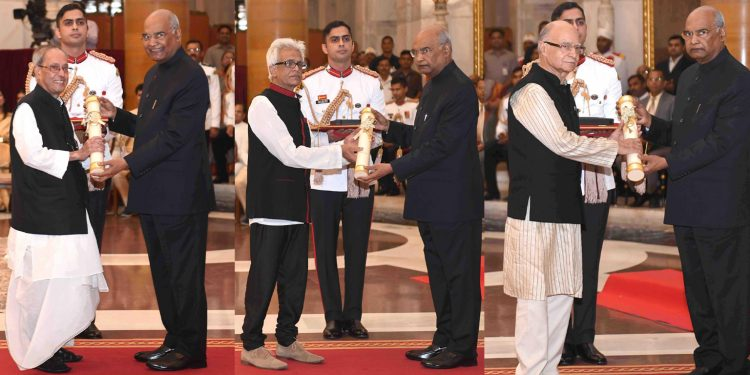 For President Pranab Mukherjee (L), Tez Hazarika (M) and Virender Jeet Singh receiving the Bharat Ratna from President Ram Nath Kovind. Image credit: PIB