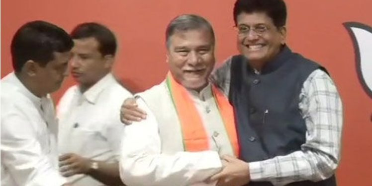 Bhubaneswar Kalita joins the saffron party at the party headquarters in New Delhi in the presence of Railway minister Piyush Goel. (file image)