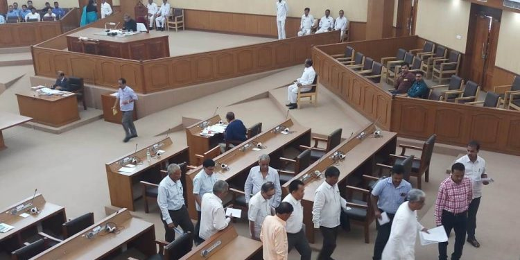 Tripura: Opposition CPI (M) stages walkout from Assembly 1
