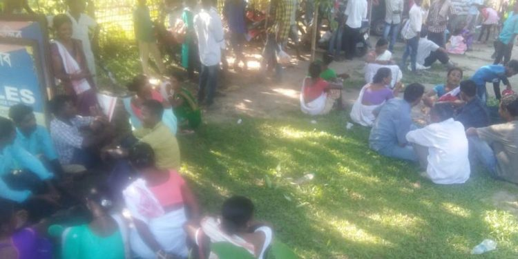 Angry tea garden workers gheraoed the Barbaruah police station seeking stringent punishment against the culprits. (File image)