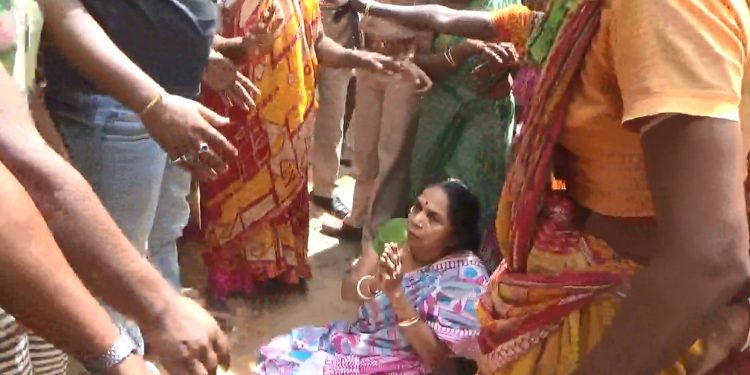 Soma Debnath was allegedly burnt to death by husband Sumit Das and her mother in law.