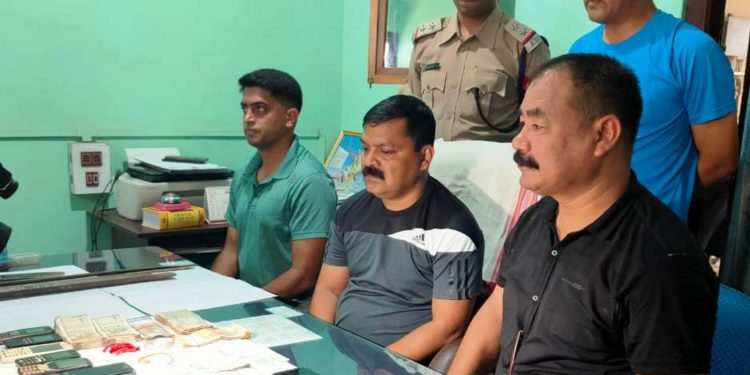 Arrested robbers in police custody. Image: Northeast Now