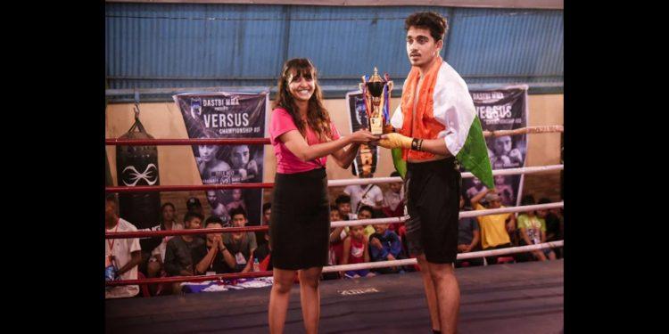 Biplab Das with winner's trophy