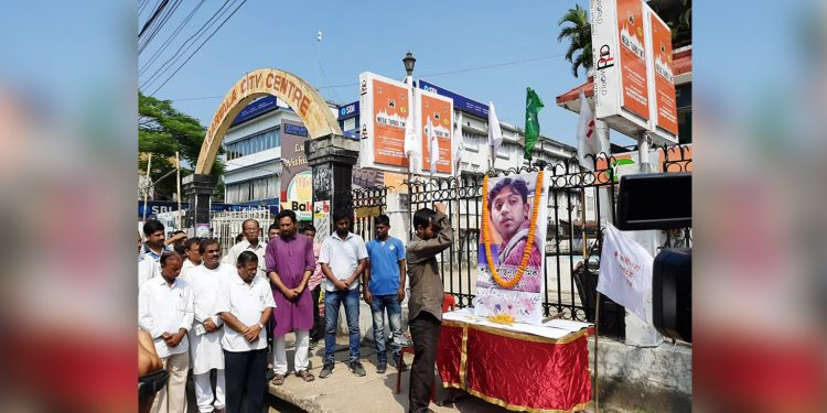People from various walks of life paying homage to Santanu Bhowmik. Image: Northeast Now