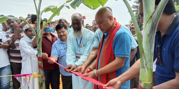 BTC chief Hagrama Mohilary laying foundation of a bridge in Kokrajhar on September 12, 2019. Image: Northeast Now