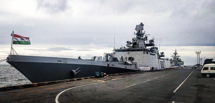 Chinese warship sighted in Indian Ocean 1