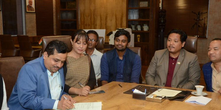 The MoU was signed between the Meghalaya's sports and youth affairs department and HSCL.