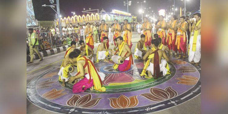 Rhythms of Manipur performing at Tirumala. Image credit: E-Pao