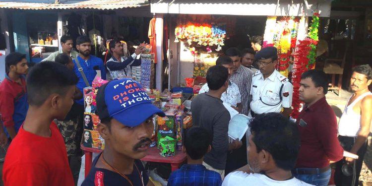 Assam: Crackdown on firecracker shops 1