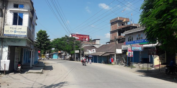 A deserted road at Tangla town in Udalguri district during the bandh hours. Image: Northeast Now