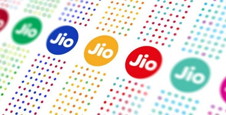 Buy a Jio smart phone at Rs 699 this Diwali 1