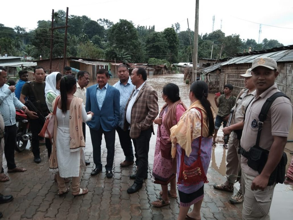 KAAC CEM Tuliram Ronghang, MP Horen Sing Bey and others taking stock of the flood-hit areas in Diphu. Image: Northeast Now