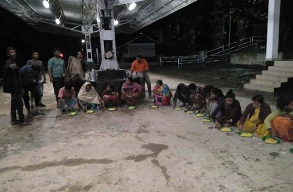 Flood victims at Langting station